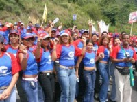 Estudiantes venezolanos, entre marchas y debates