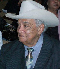 Torrealba, 91 años de arpa, cuatro y maracas