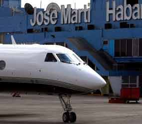 Derecha de emigración cubana intenta limitar viajes a Cuba